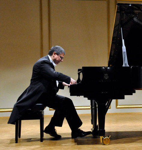 Pianoforte M° Michele Gioiosa