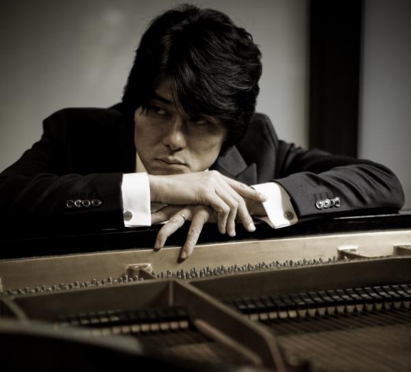 Pianoforte M° Takahiro Yoshikawa