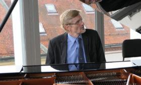Pianoforte: Đuro Tikivca