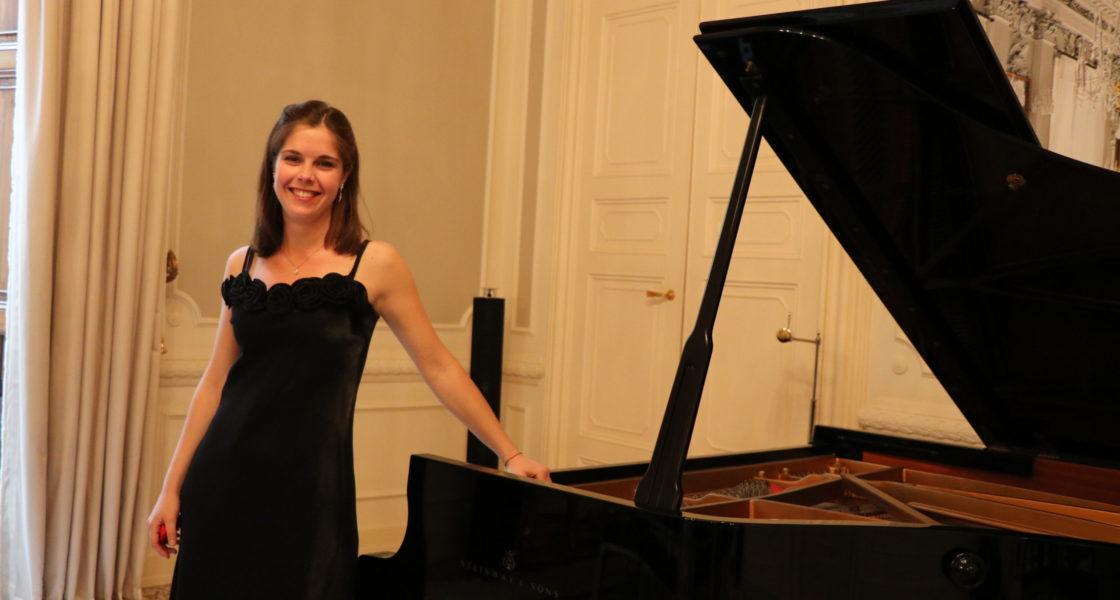 Pianoforte: Gaia Federica Caporiccio